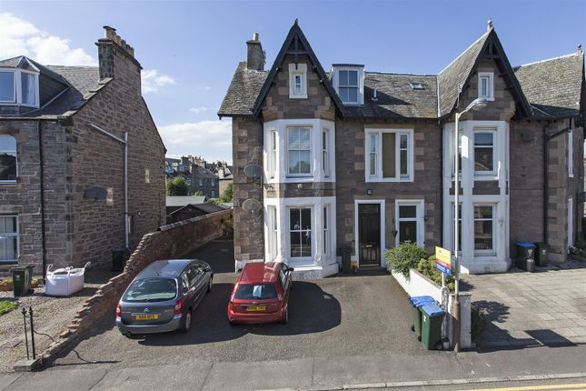 Thumbnail Maisonette for sale in Queen Street, Craigie, Perth