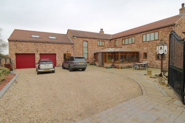 Thumbnail Barn conversion for sale in Tetley, Crowle, Scunthorpe