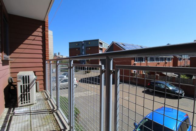 2 bed maisonette for sale in Beresford Close, Lincoln LN6