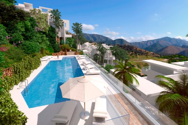 2 bed apartment for sale in Palo Alto, Marbella, Málaga, Andalusia, Spain