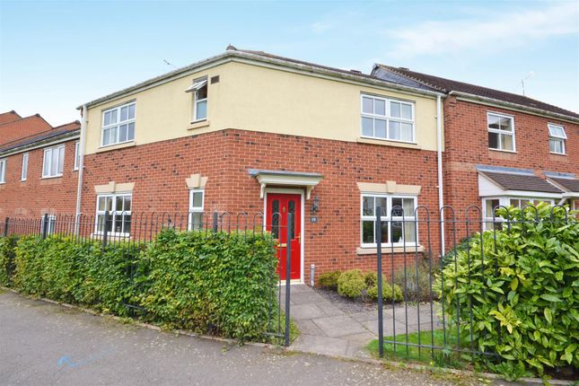 Thumbnail Semi-detached house for sale in Lloyds Way, Bishopton, Stratford-Upon-Avon
