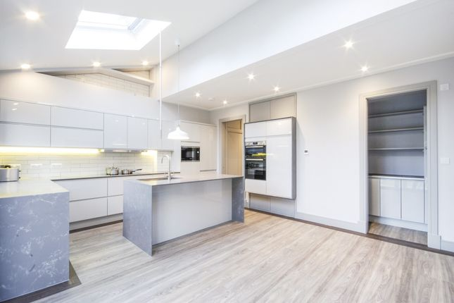 Thumbnail Terraced house to rent in Red Lion Lane, Woolwich