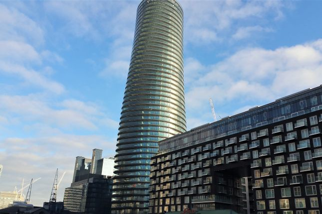 Thumbnail Flat for sale in Arena Tower, Canary Wharf, London
