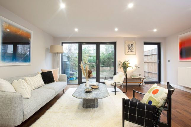 Thumbnail Property for sale in Acer Road, Hackney, London