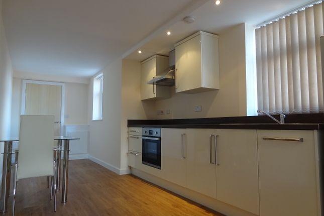 Thumbnail Room to rent in Calais House, Calais Hill, Leciester