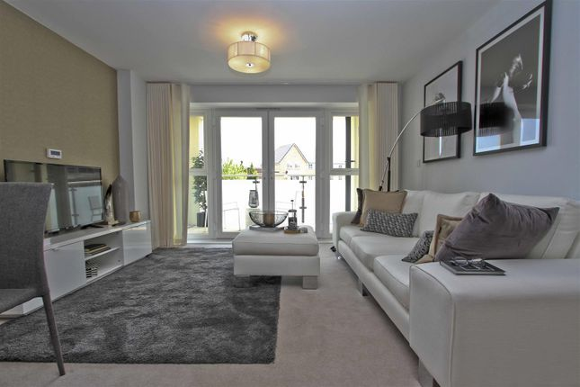 Thumbnail Flat for sale in Parnall House, Highfield Court, Ickenham