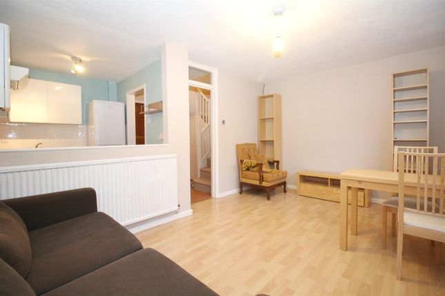 Thumbnail Flat for sale in Graeme Road, Enfield