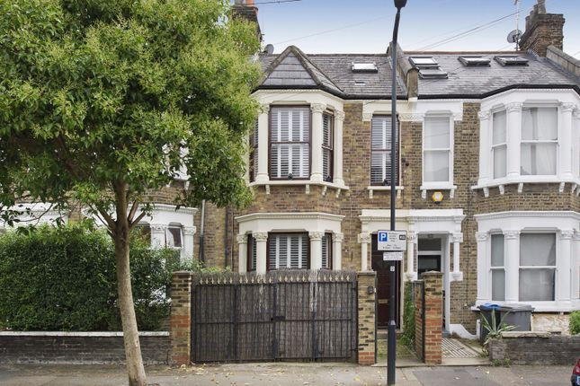 Thumbnail Property for sale in Bayford Road, London
