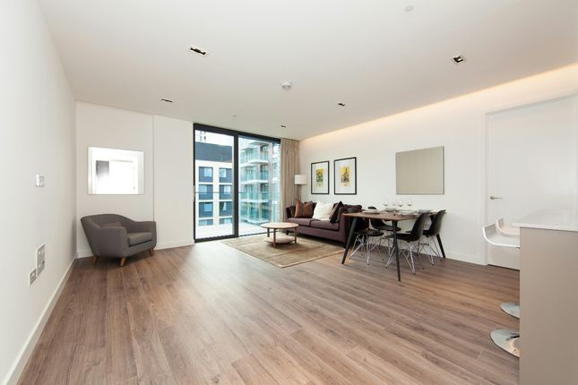 2 bed flat for sale in Goodman's Fields, Cashmere House, Aldgate