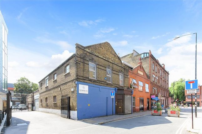 Light industrial to let in 2 Browning Street, London, Greater London