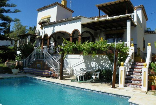 4 bed villa for sale in Spain, Málaga, Fuengirola, La Sierrezuela