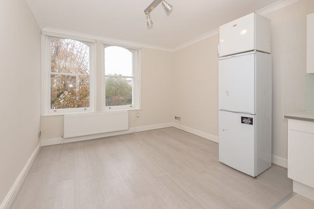 Thumbnail Flat to rent in Colville Terrace, Westbourne Grove, Notting Hill