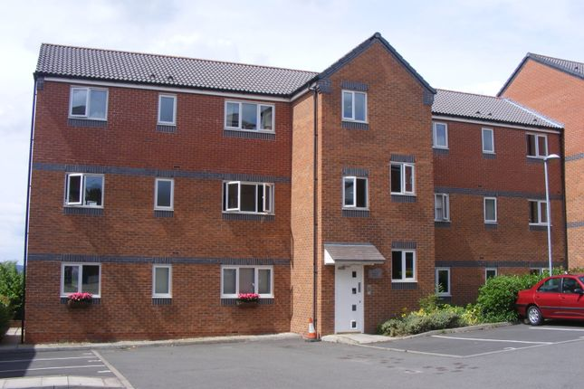 Thumbnail Flat to rent in Peel Drive, Wilnecote, Tamworth