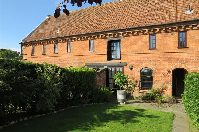 2 bed property to rent in Melton Park, Melton Constable NR24