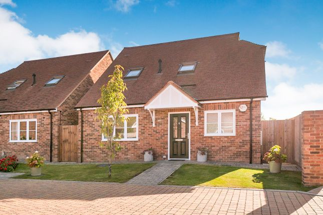 Thumbnail Detached bungalow for sale in Wightwick Close, Staplehurst, Tonbridge