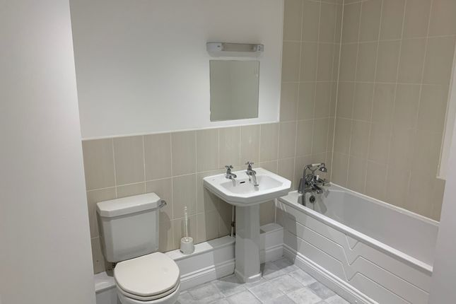 Thumbnail Flat to rent in Kings, Linthorpe, Middlesbrough