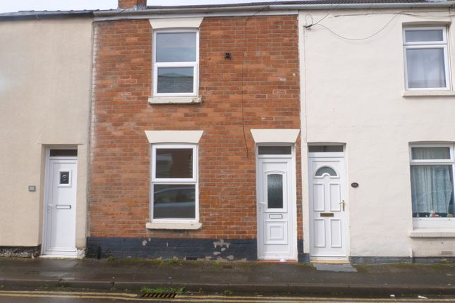 2 bed terraced house to rent in Wellesley Street, Tredworth, Gloucester