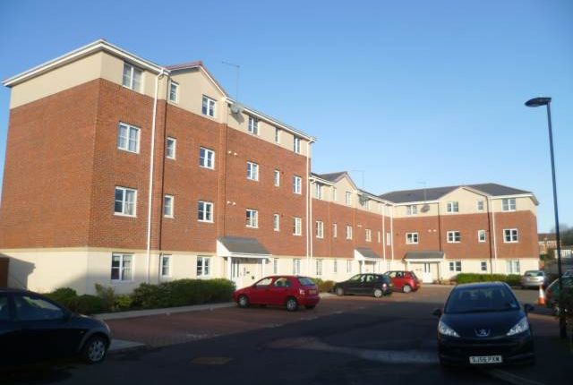 Thumbnail Flat to rent in Regency Apartments, Killingworth, Newcastle Upon Tyne