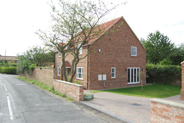 Thumbnail Detached house to rent in Low Road, Worlaby, North Lincolnshire