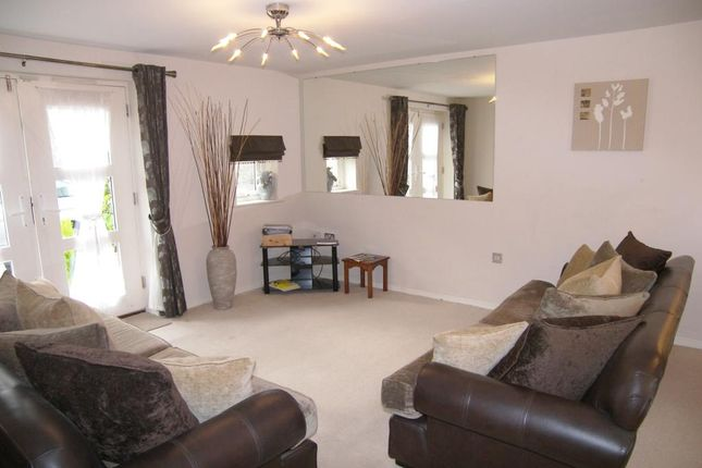 2 bed flat to rent in Millers Way, Milford, Belper
