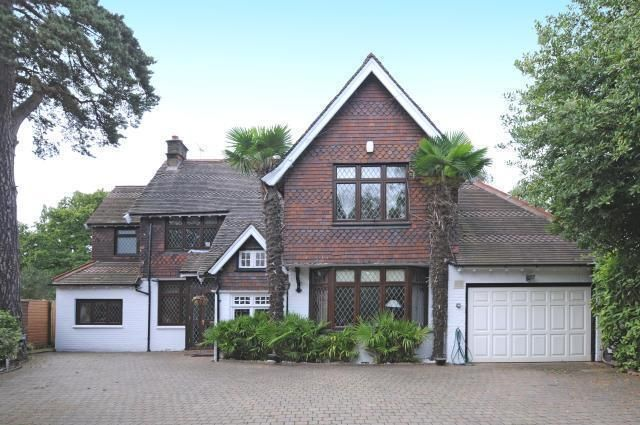 6 bed detached house for sale in Arkley, Barnet, Herts
