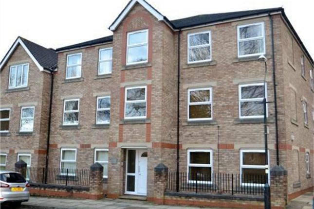 Thumbnail Flat to rent in Cromwell Road, York
