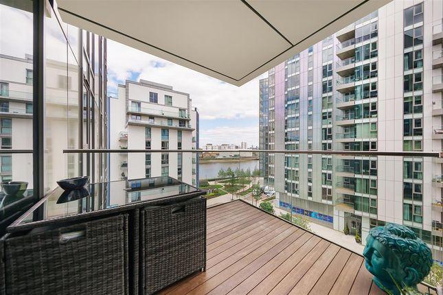 Terrace of Eastfields Avenue, London SW18