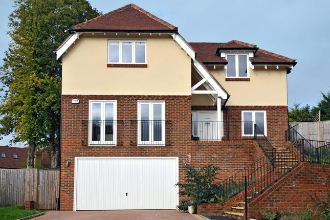 Thumbnail Detached house to rent in Chynham Place, Sanderstead