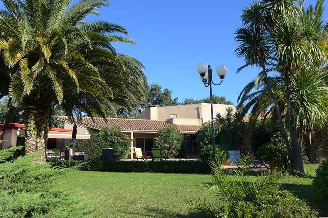 4 bed property for sale in Perpignan, Pyrénées-Orientales, France