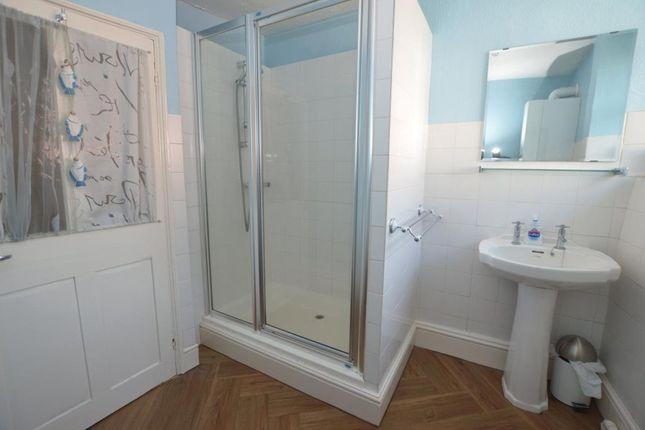 Shower Room of Albion Street, Shaldon, Devon TQ14