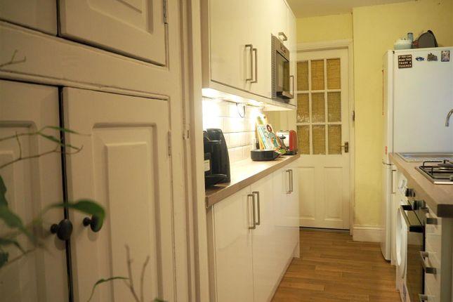 Kitchen of Oxford Street, Rugby CV21