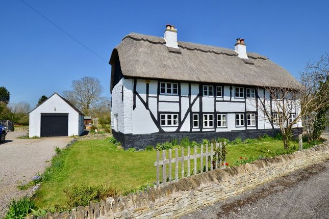 Thumbnail Detached house for sale in Winchcombe Road, Sedgeberrow, Evesham
