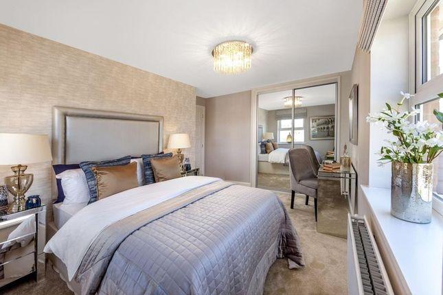 "Luxury Bedroom of ""Russell"" at Barnhorn Road, Bexhill-On-Sea TN39"
