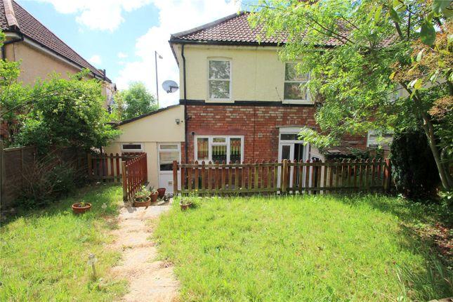 Flat for sale in St Johns Lane, Bedminster, Bristol