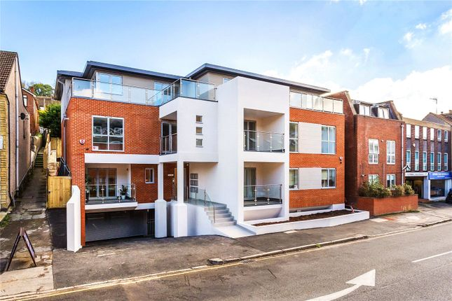 Thumbnail Flat for sale in Croydon Road, Caterham, Surrey