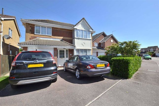 Thumbnail Detached house for sale in Manchester Close, Weston Heights, Stevenage, Herts