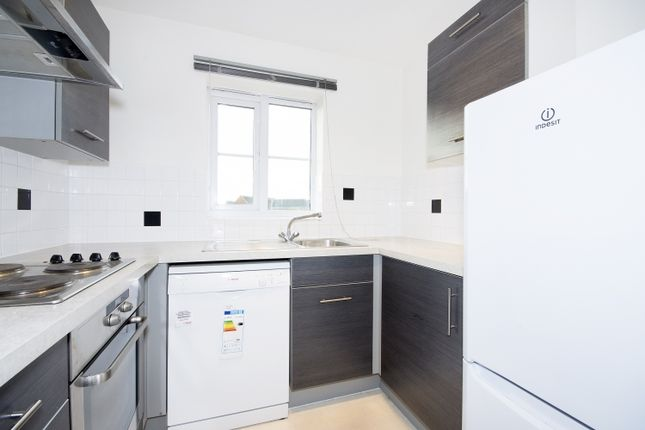 Flat to rent in Fulwell Close, Banbury