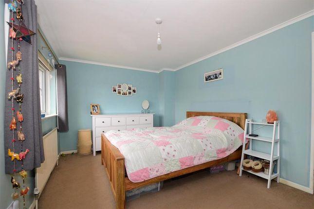 Bedroom 1 of Huntingfield Road, Meopham, Kent DA13