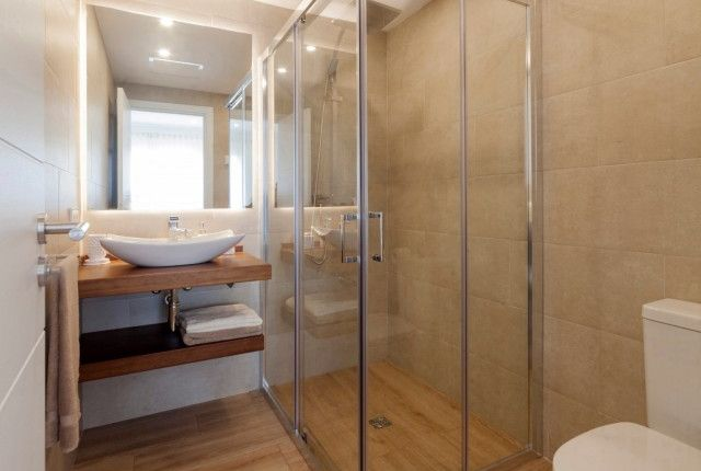 Bathroom of Spain, Mallorca, Calvià, Nova Santa Ponsa