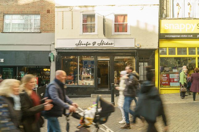 Thumbnail Retail premises for sale in Peascod Street, Windsor