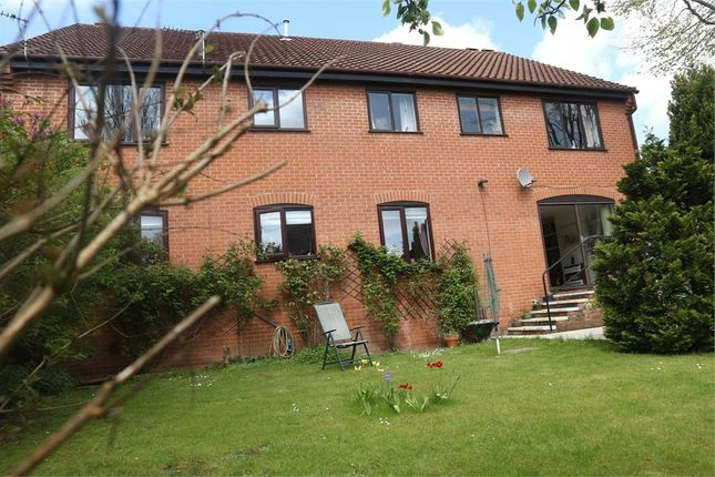 Thumbnail Flat for sale in Roseville Close, Norwich, Norfolk
