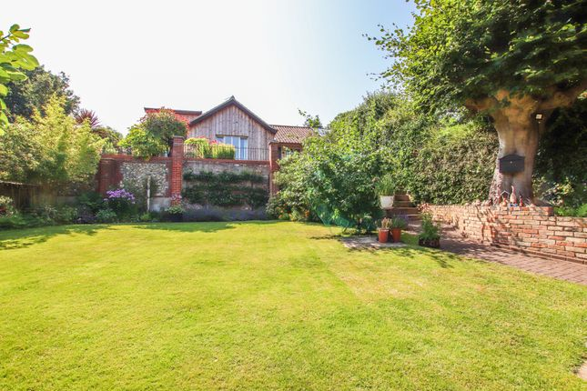 4 bed semi-detached house for sale in Heathside Road, Norwich NR1