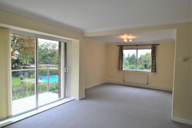 Thumbnail Flat to rent in Minster Court, Hillcrest Road, Ealing