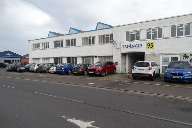 Thumbnail Office to let in Commerce Way, Lancing