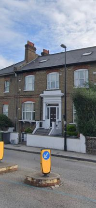 1 bed flat to rent in 95 Lausanne Road, London SE15
