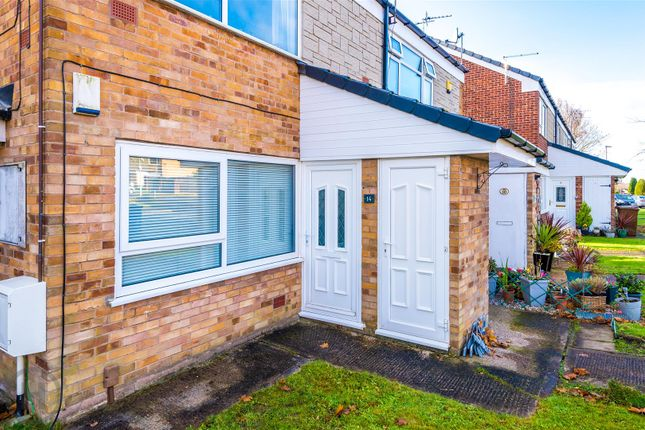 1 bed flat for sale in Tintern Avenue, Tyldesley, Manchester M29