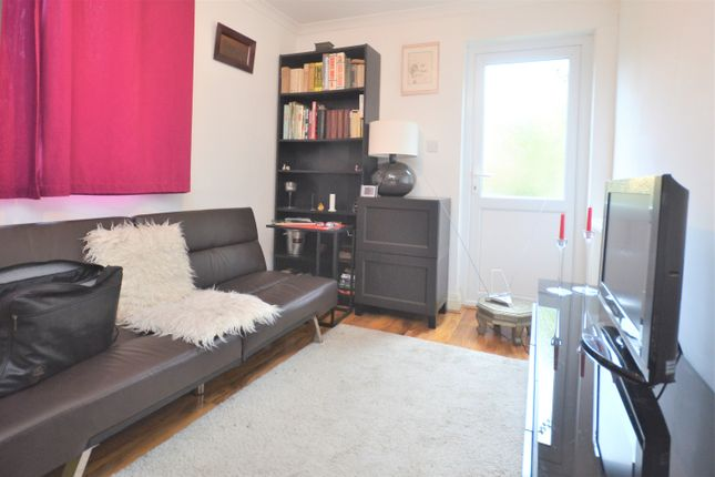 Thumbnail Studio to rent in Friary Road, Acton, London