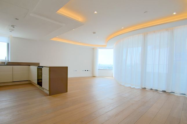 Thumbnail Flat to rent in Albert Embankment, The Corniche, Lambeth, London