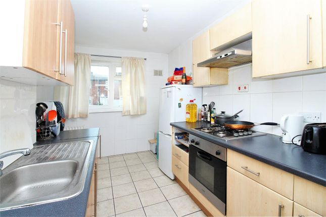 Thumbnail Flat for sale in Ampleforth Road, London