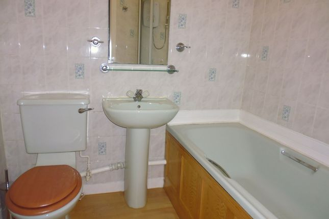Bathroom of Flat 4, Bourtree Place, 96. High Street, Rothesay, Isle Of Bute PA20
